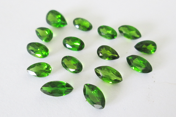 Russian Chrome Diopside Mixed Lot 3,80cts